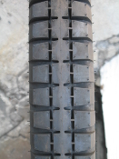 350-19 Longstone 3 block tread BW